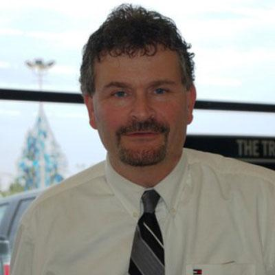 Brad Hofstad : Lease Specialist
