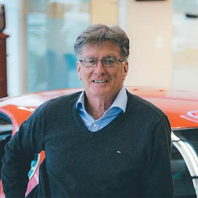 Don Henshall : Sales Consultant