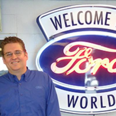 John Truter : Service Advisor