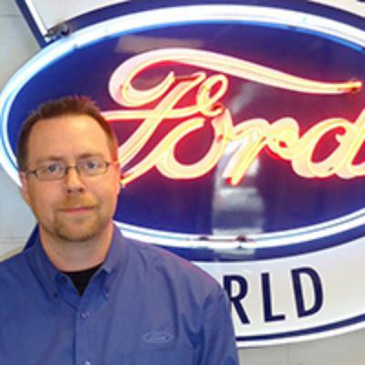 Rob Smithson : Service Advisor